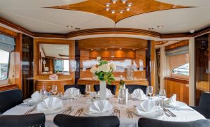 Superyacht M/Y BABY Salon