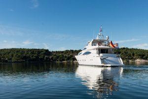 Superyacht M/Y BABY Sunseeker 105